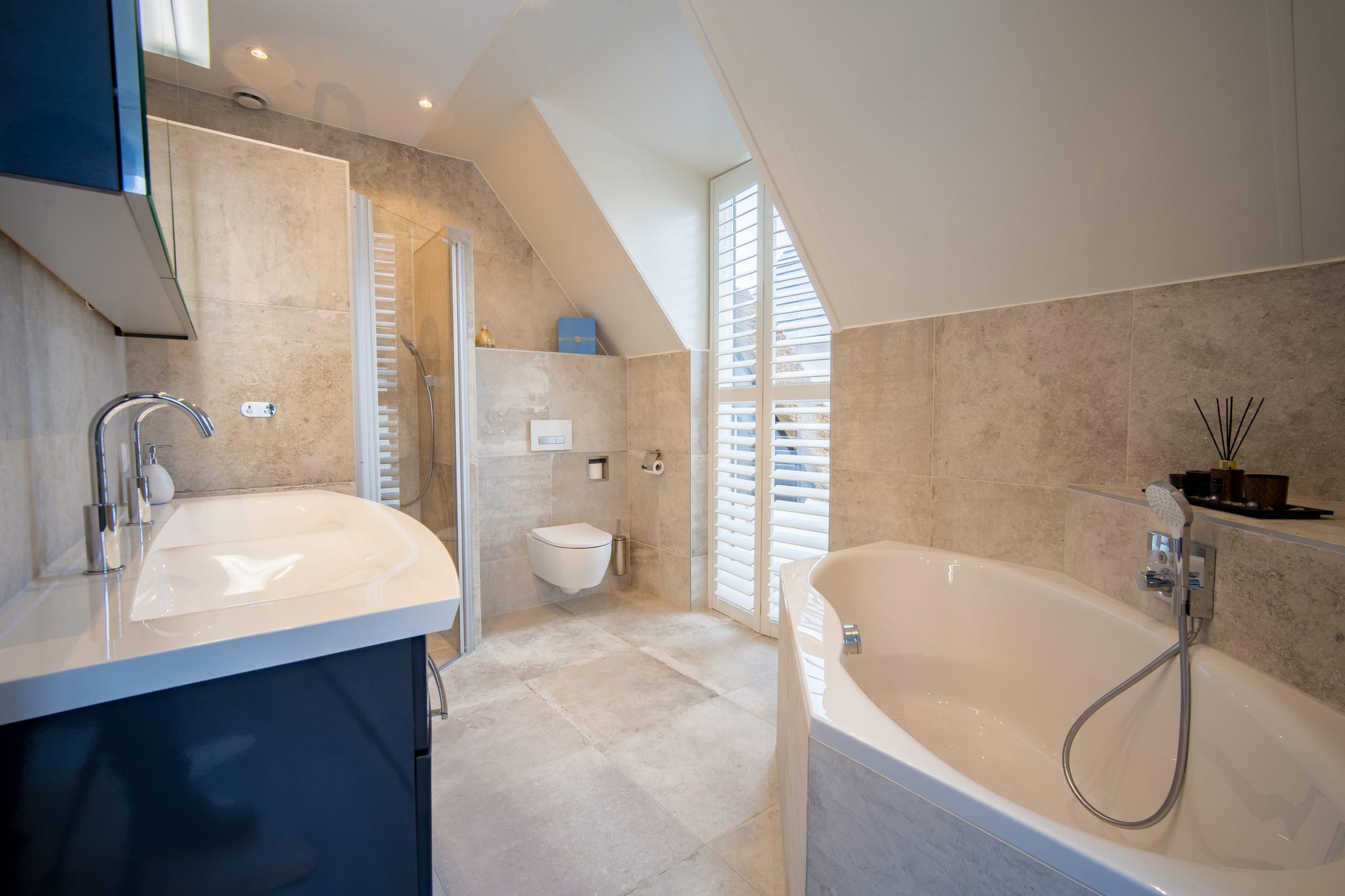 luxury wet room design